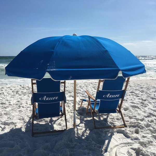 Best unit at Azure! Free Beach set for 4 included! We treat you like royalty!, alquiler vacacional en Fort Walton Beach