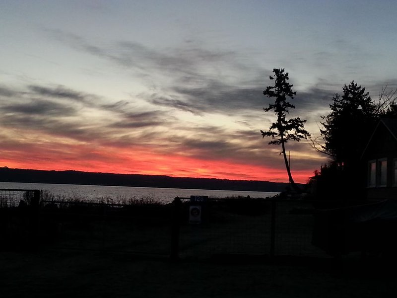 'The Beach Is Calling', holiday rental in Coupeville