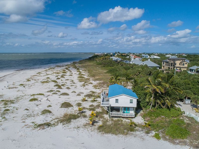 Beach's Edge, One Of A Kind Beachfront Experience, holiday rental in Pineland