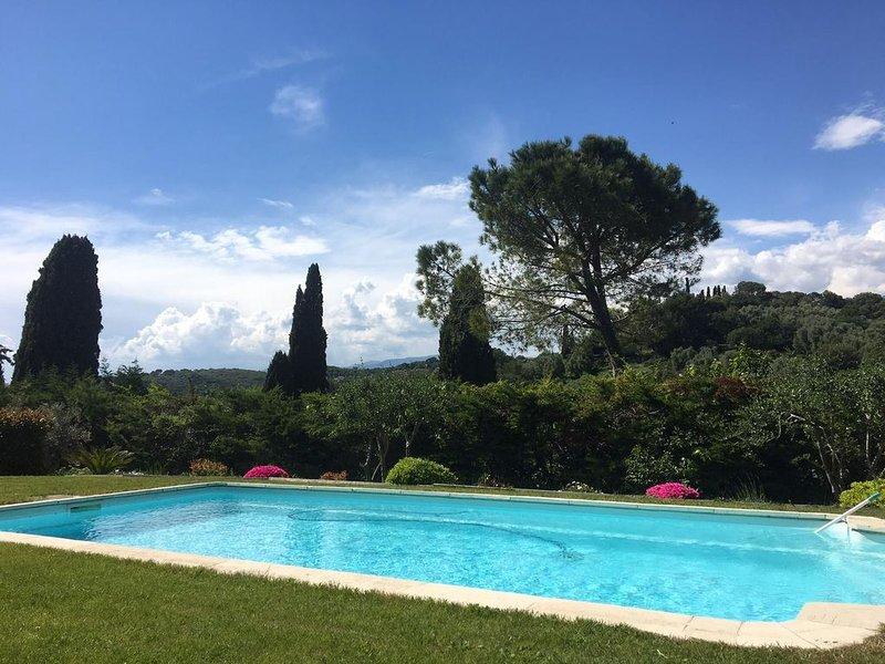 Belle villa au calme avec piscine privative proche plages -Wifi, Ferienwohnung in Biot