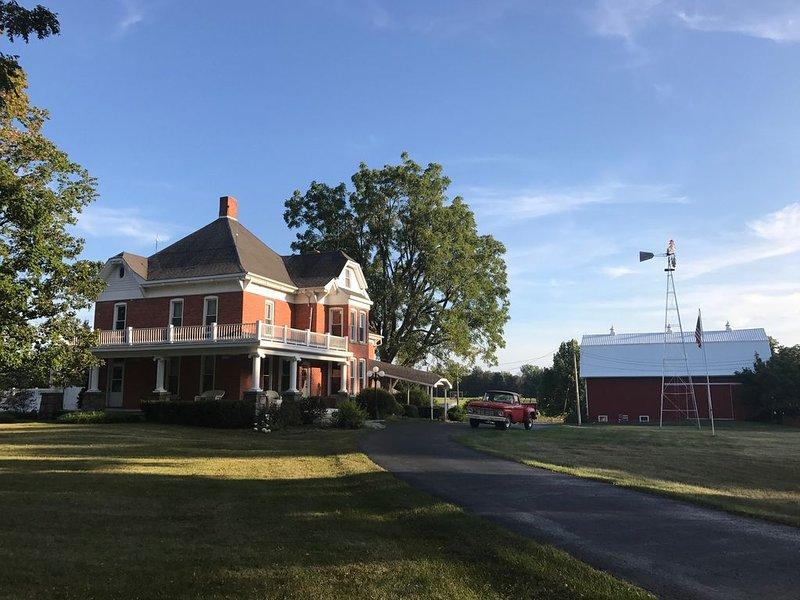 Schönbrook Farm & Inn, holiday rental in St. Joseph County