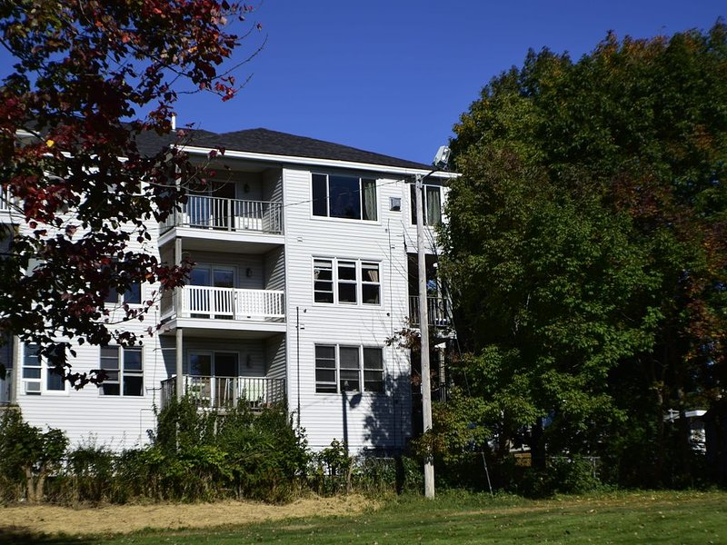 Old Orchard Beach 2 Bedroom Summer Rental, location de vacances à Old Orchard Beach