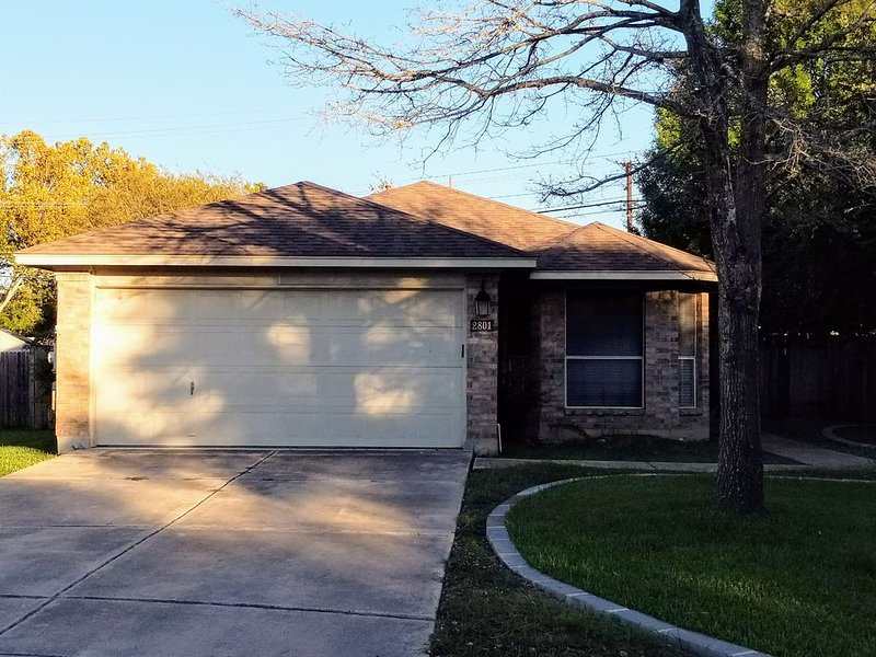 North Austin Charmer, vacation rental in Round Rock