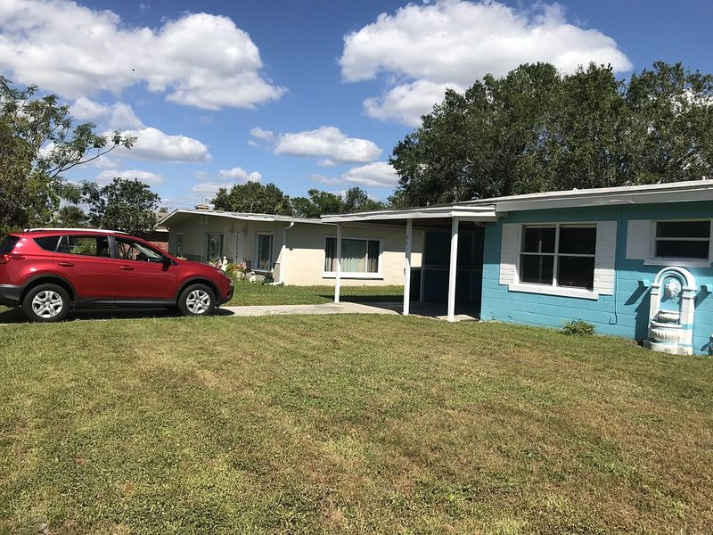 Punta Gorda Little House with backyard to relax, vacation rental in Punta Gorda