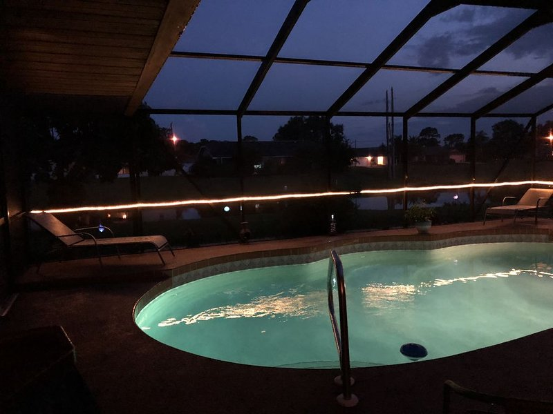Bunker Pool Home 3/2/2, holiday rental in Rotonda West