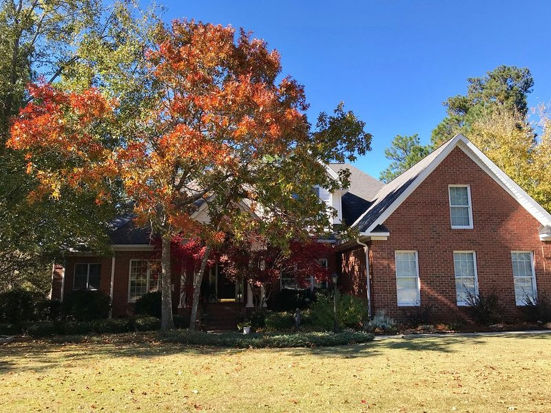 Executive Home Available For Masters 2020 Rental -4/5/20-4/12/20  Golf Available, holiday rental in Graniteville