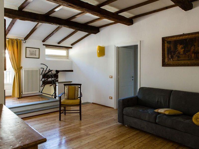 In Palazzo Storico tra Firenze, Bologna e Ravenna, holiday rental in Palazzuolo Sul Senio