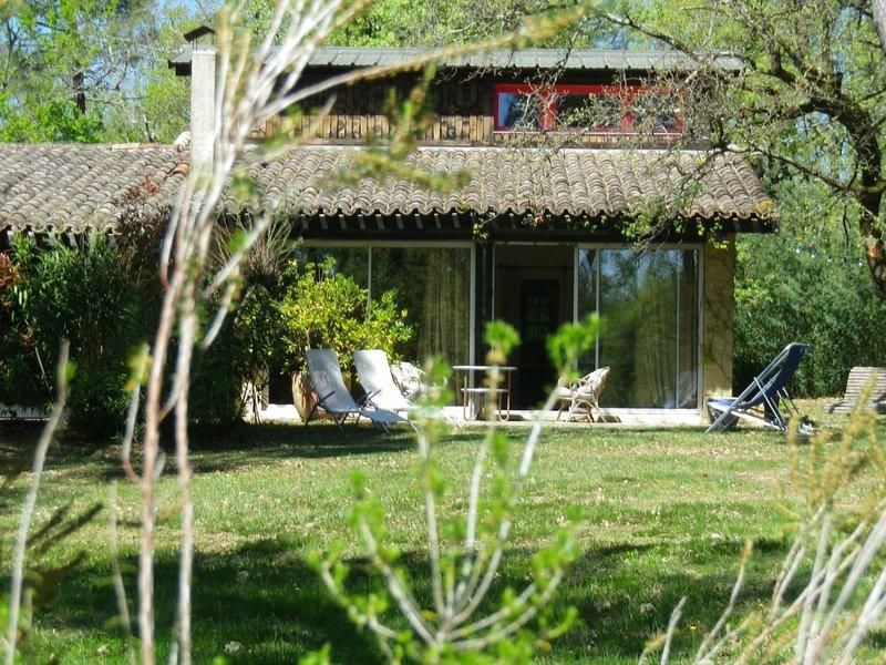 MIDI  - QUERCY  GORGES DE L'AVEYRON  TARN ET GARONNE   QUERCY  VERT, holiday rental in Caussade
