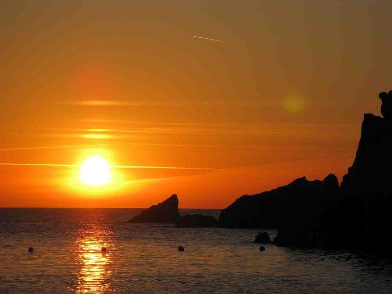SALDI DAL 5 AL 10 % - VACANZE IN SARDEGNA ...VACANZE DA RICORDARE, vacation rental in Costa Paradiso