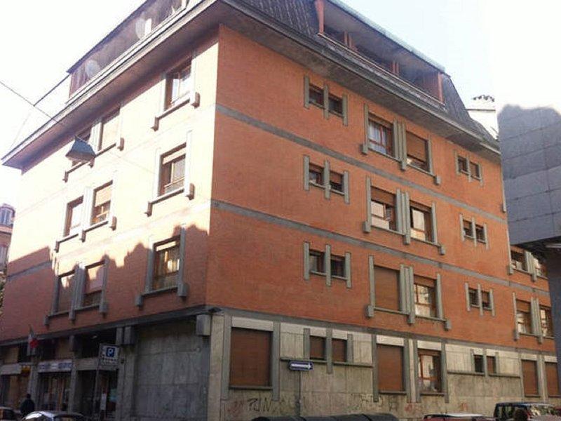 Thirty-nine Studio Mansardato, holiday rental in Cavoretto