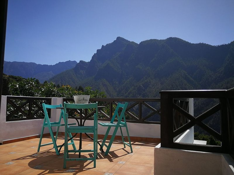 LA HACIENDA RURAL HOUSE, holiday rental in El Jesus