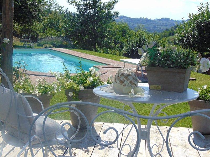Magico e Antico casale nel verde zona Gavi ,vino & relax, piscina privata,natura, vakantiewoning in San Cristoforo