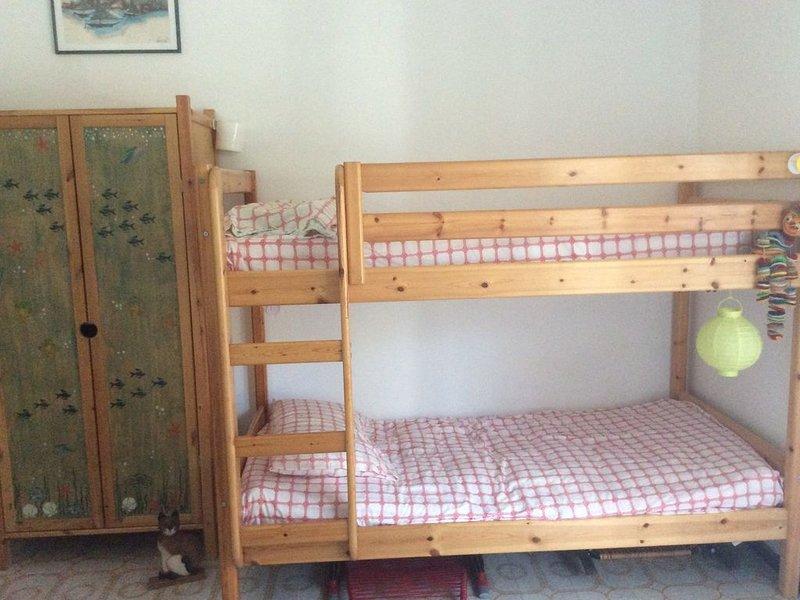 Grazioso appartamento a Grado Pineta collegato con aereoporto e dintorni, holiday rental in Province of Gorizia