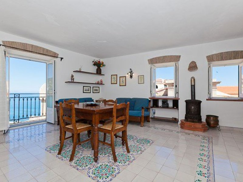 * Balcone Paradiso *, vacation rental in Cefalu