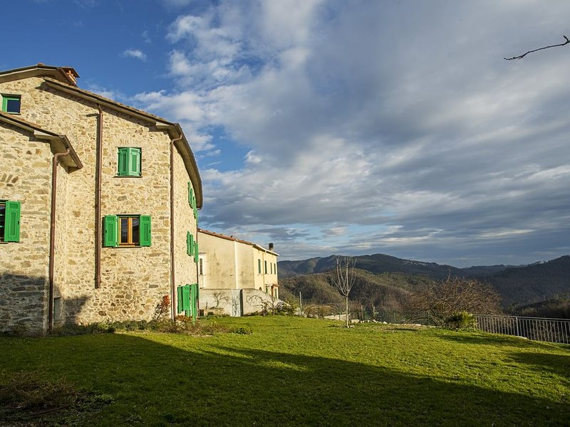 Cinque Terre Teti's house, deep in the green hills, holiday rental in Rocchetta di Vara