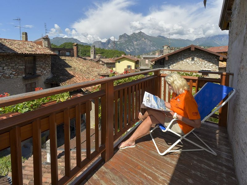 Bikers' paradise Casa dei Foini 6 persons -180 qm Lake Garda, vacation rental in Brentonico