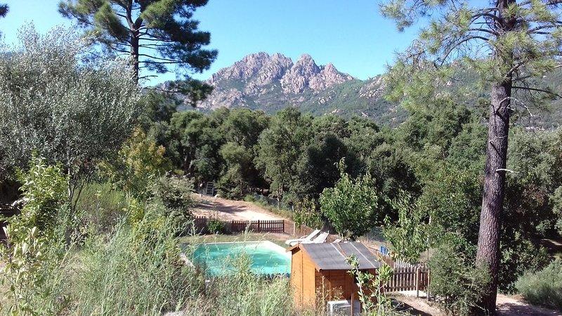 Rez- de -Jardin standing piscine chauffée à 10 MN des plages et rivière, casa vacanza a Conca