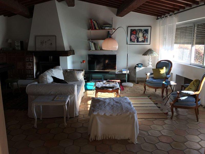 Maison de charme au cœur du village de Grimaud, location de vacances à Grimaud