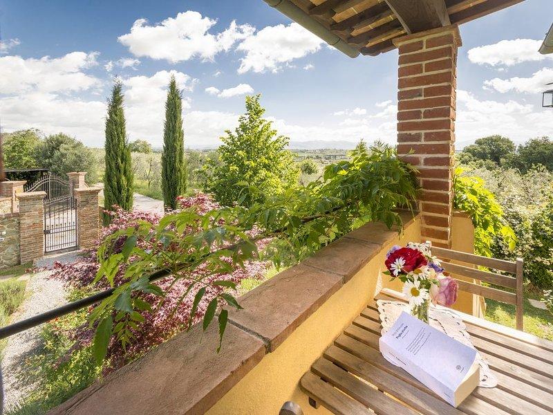Appartamento Bignonia 2+2, in collina, silenzioso e tranquillo, vicino al paese, aluguéis de temporada em Monte San Savino