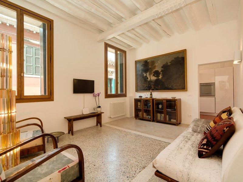 M********** CA' DORINA  LUXURY Casa veneziana con vista Canale - San Marco, aluguéis de temporada em Cannaregio