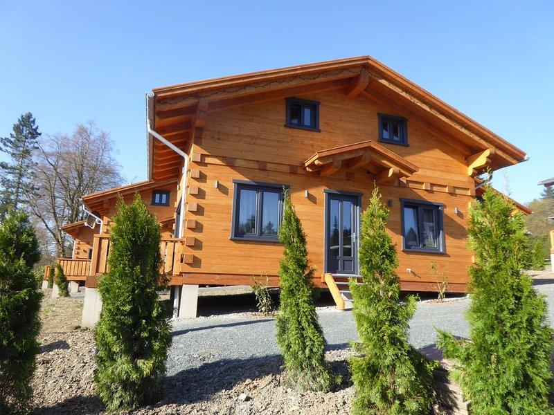 5 Sterne Blockhaus mit Sauna + Kamin im Alpen - Chalet - Stil, Panorama 'Hütte', holiday rental in Hahnenklee-Bockswiese