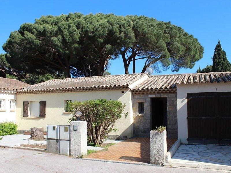 Schöne Villa in Strandnäh, holiday rental in Sainte-Maxime