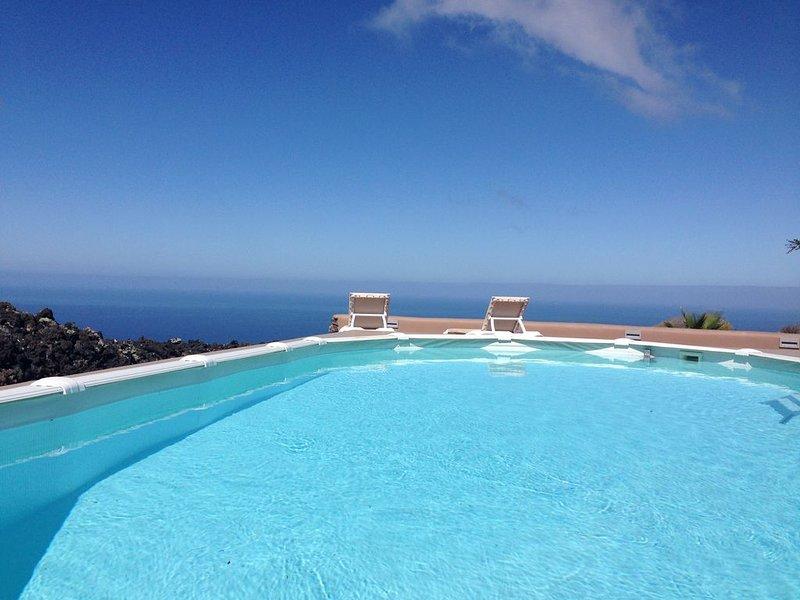 Villa Panorama sehr schön, vacation rental in Barros