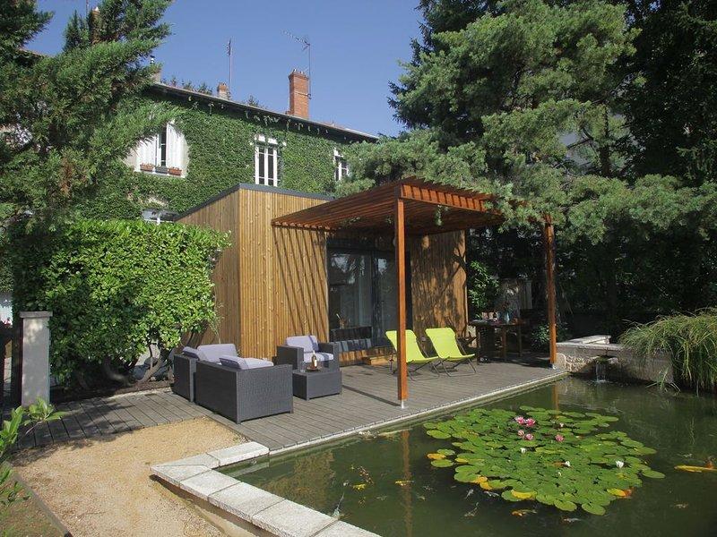 Chalet zen à 5 minutes de Lyon 6ème, vacation rental in Couzon-au-Mont-d'Or