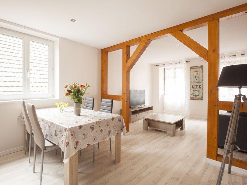 Chez 'ALICE', à 5 mn de Riquewihr et Colmar dans village de charme au calme !, holiday rental in Trois-Epis