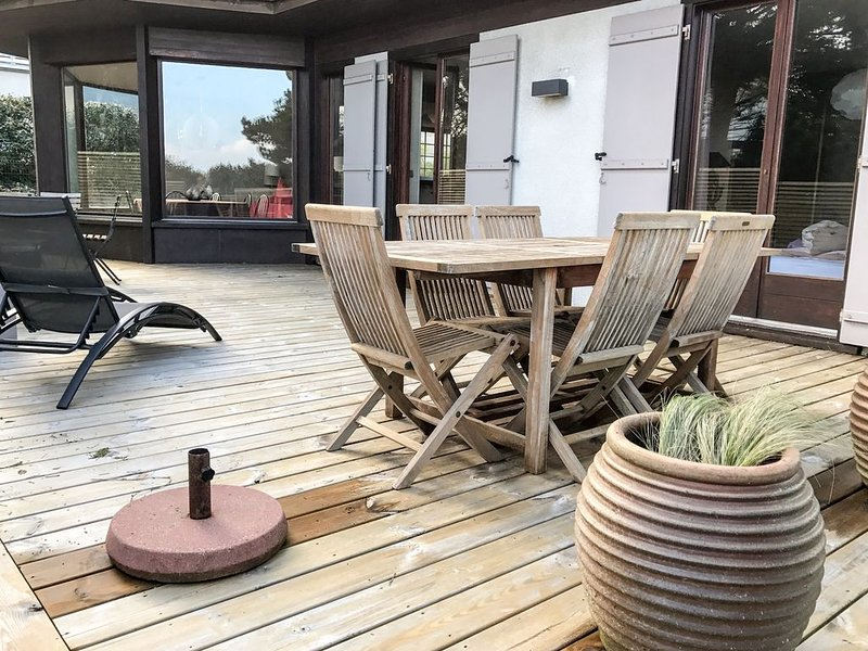 Belle Villa chaleureuse au calme à 6 ' à pied de la plage et du marché du 2K., vacation rental in Le Touquet – Paris-Plage