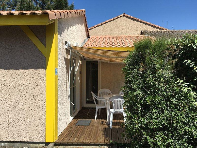 PROMO ☀️☀️☀️   LES VILLAS DU LAC, piscine, tennis, pétanque, holiday rental in Soustons