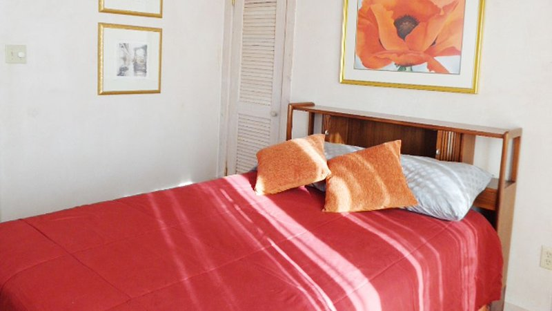 Artist Retreat in the Heart of Plaza, holiday rental in Ranchito