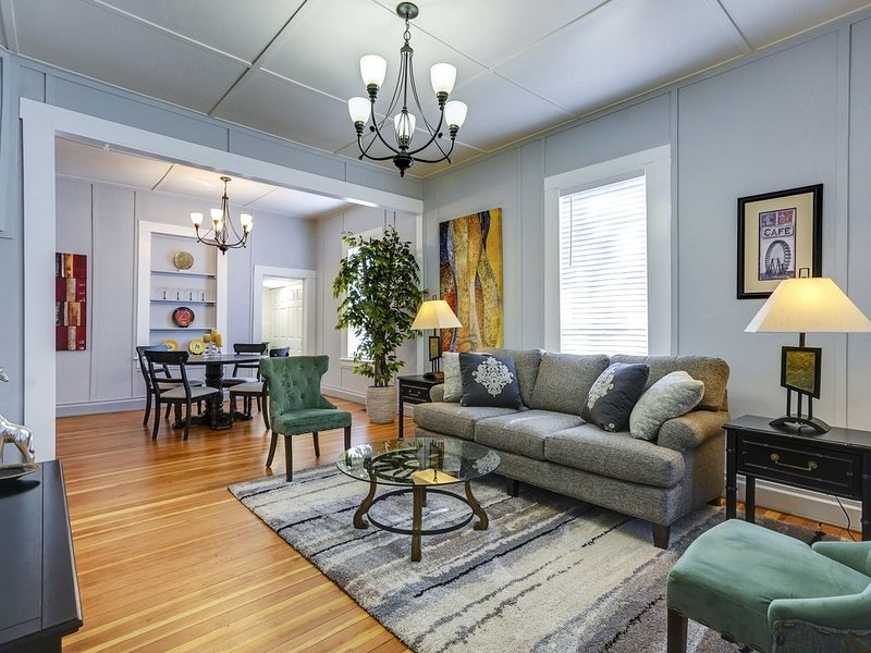 Historic Downtown Charm with Modern Comfort, aluguéis de temporada em Prescott