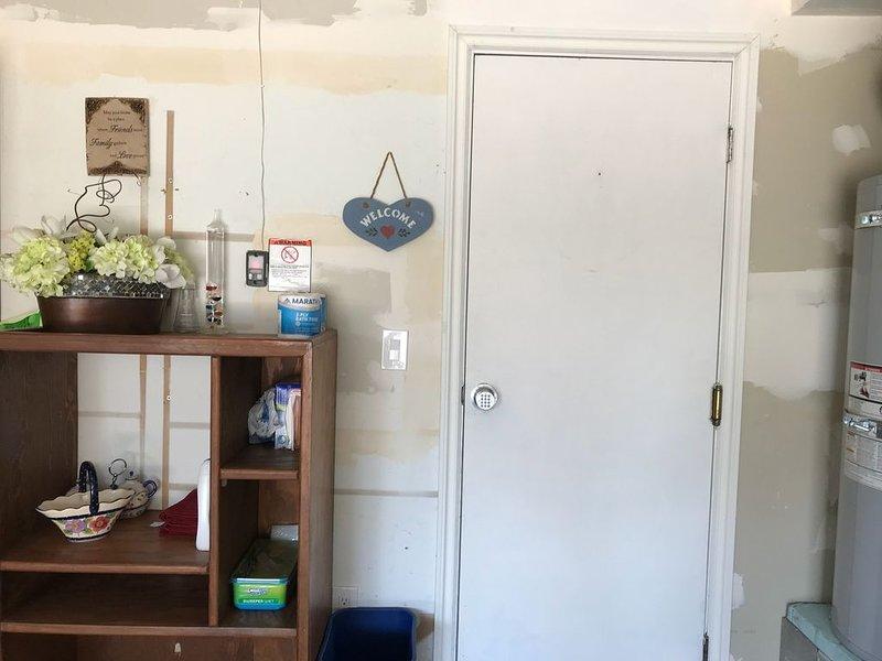 Spacious living space, location de vacances à Kirkland