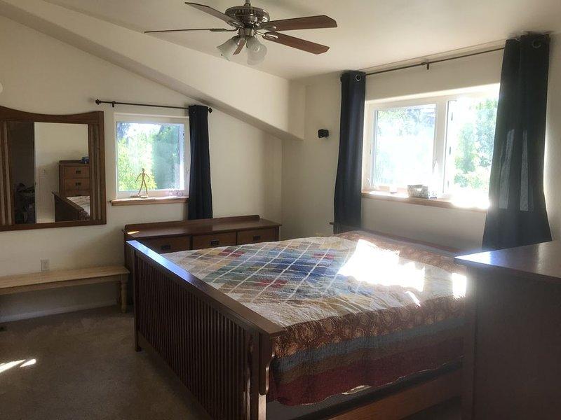 Quaint Modern Alaskan Home, location de vacances à Fairbanks