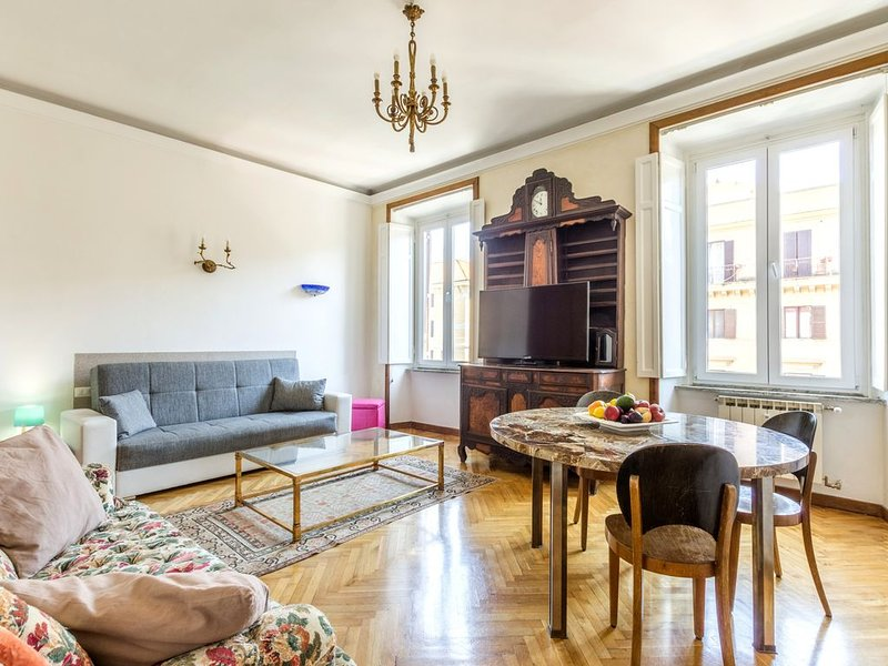 195 sqm apartment between  Vatican and historic center, Ferienwohnung in Vatikanstadt
