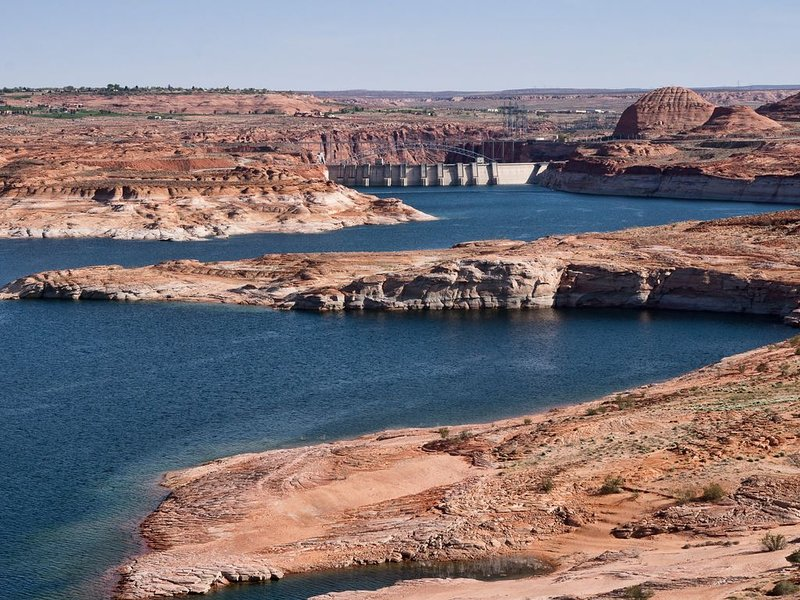 Lake Powell and the Glen Canyon National Recreation area are just an hour away!