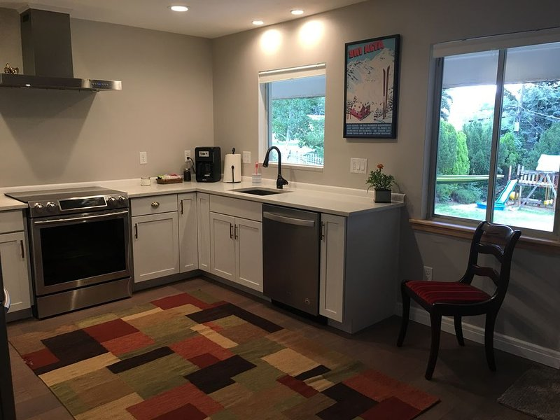 � Sparking clean 3-bedroom oasis near downtown and hiking�, alquiler de vacaciones en Salt Lake City