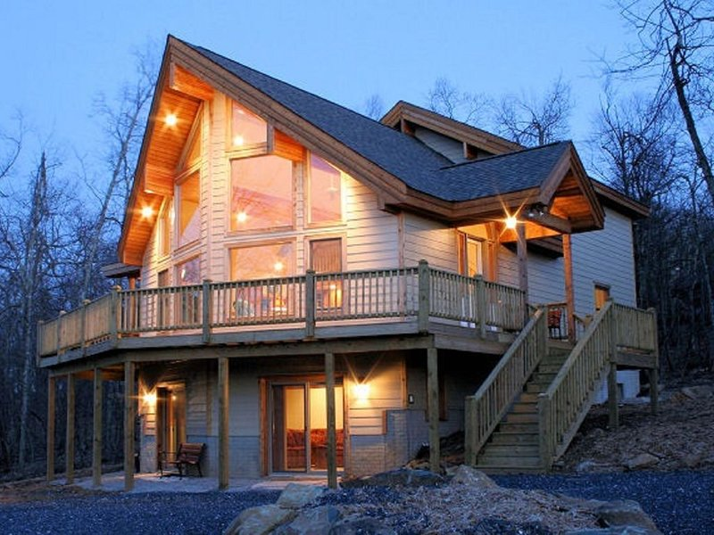 'SERENITY 4 ALL SEASONS', vacation rental in Wintergreen