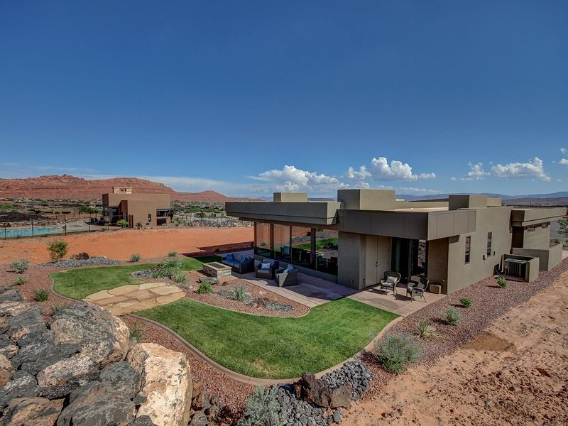Luxury Nightly Rental Steps To Snow Canyon Park Entrance Saint George Utah, alquiler vacacional en Ivins