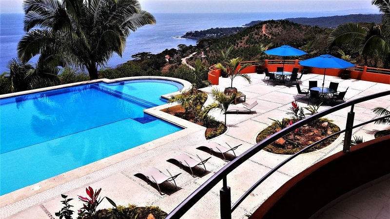 Beautiful Ocean View 1-Bedroom Condo at Vista Encantada 106, alquiler vacacional en Platanitos