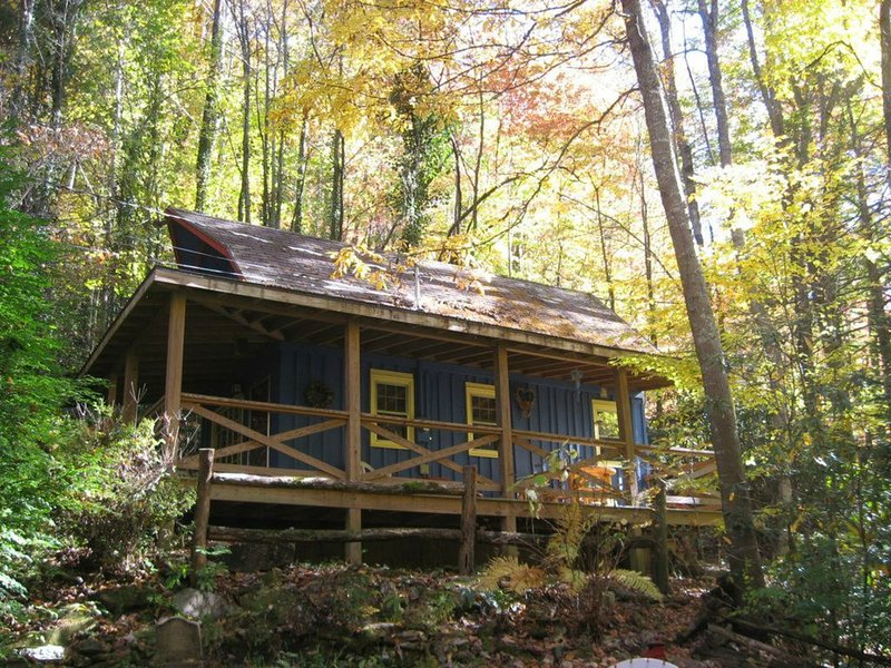 Cozy Cabin at a GREAT price*****, holiday rental in Whittier