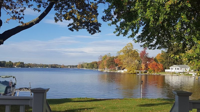 Lakefront Home On All-sports Long Lake, holiday rental in Colon