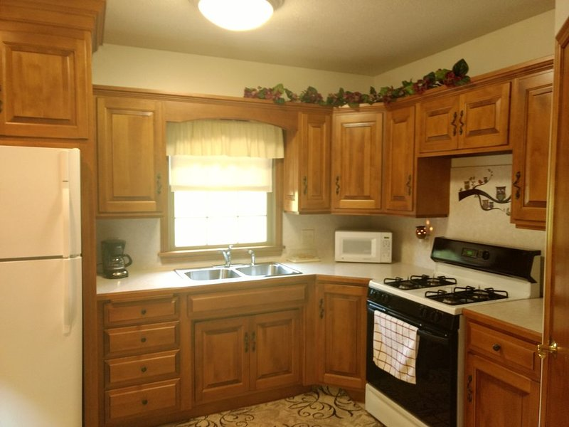 Comfy lodging on the farm, holiday rental in Millersburg