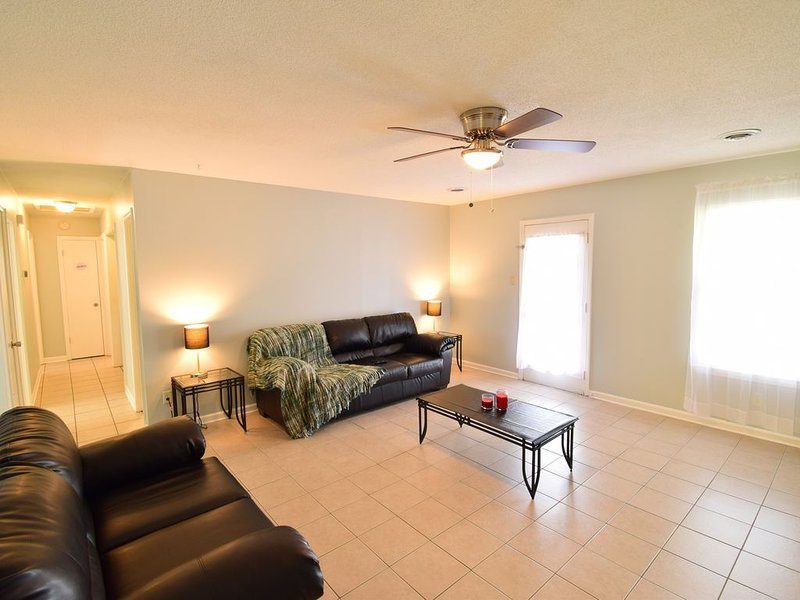 Great Location for Southaven MS, Memphis TN, (Graceland), vacation rental in Southaven