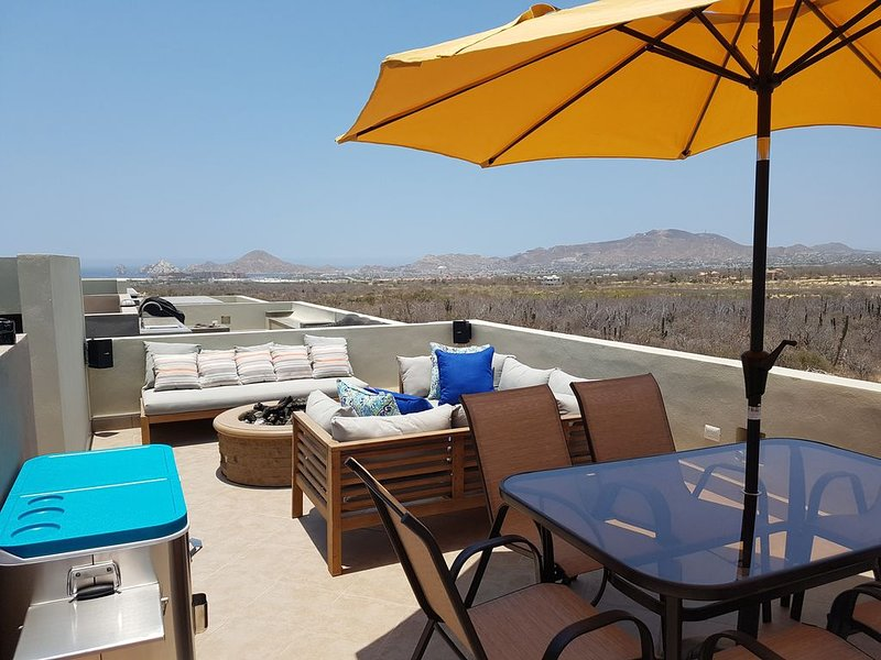 Beautiful Newly Built Vacation Home in Cabo, holiday rental in La Joya