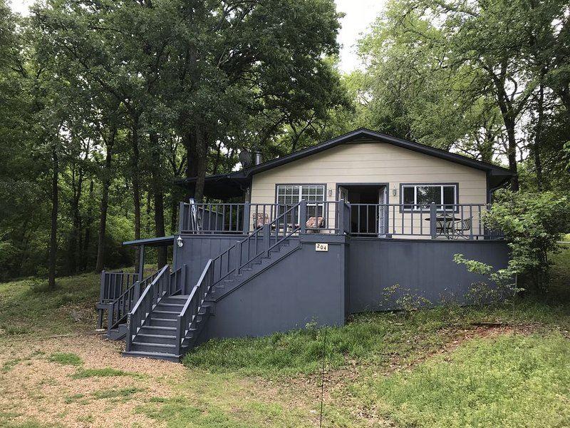 Oak Acres Is The Place To Be, holiday rental in Eustace
