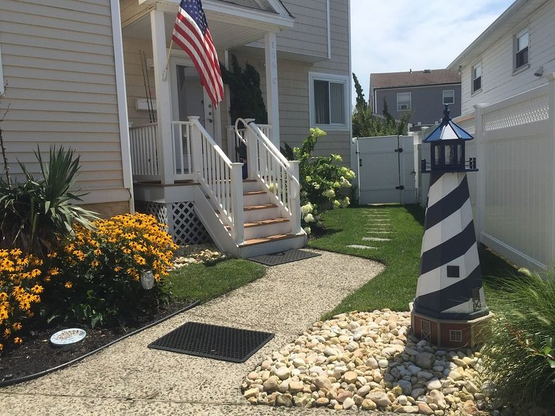 Amazing� Beach Retreat just for you � Cozy, Clean, Comfortable, vacation rental in Brigantine