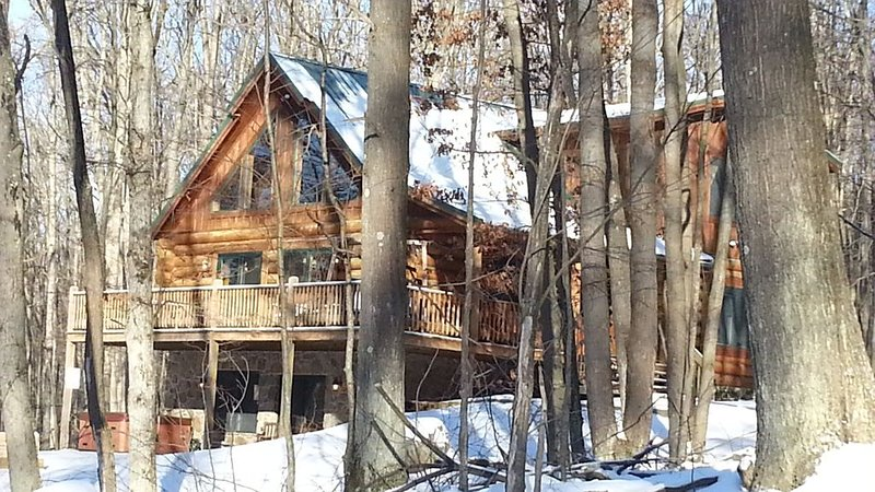 4BR/3BA; Deep Creek Lake State Park is steps away!, holiday rental in Swanton
