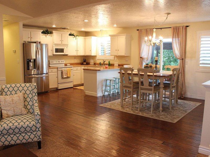 Comfortable/Cozy Home, location de vacances à Saratoga Springs
